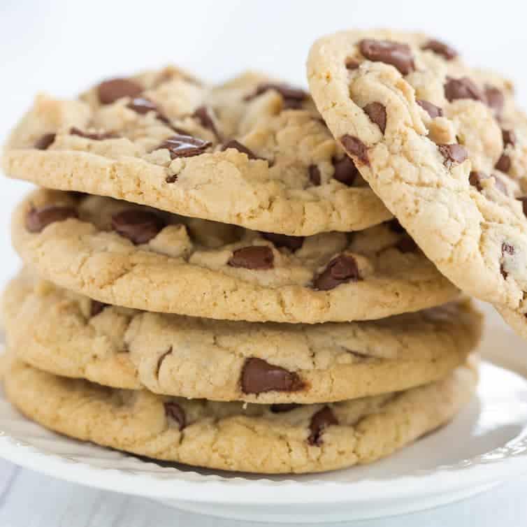 Thick And Chewy Chocolate Chip Cookies Brown Eyed Baker