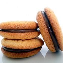 almond-macarons-main