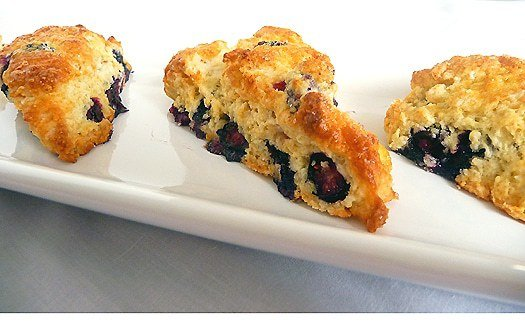blueberry-buttermilk-scones-close