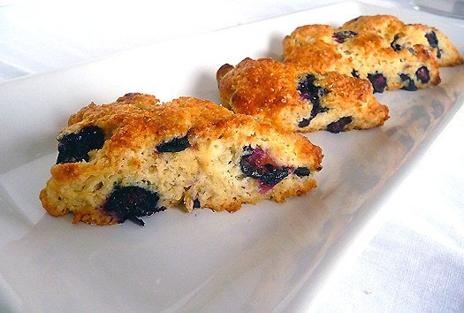 blueberry-buttermilk-scones-line