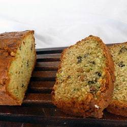 zucchini-bread-main