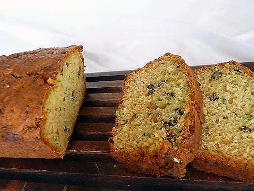 zucchini-bread-main