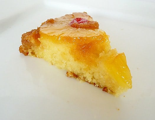 pineapple-upside-down-cake-slice