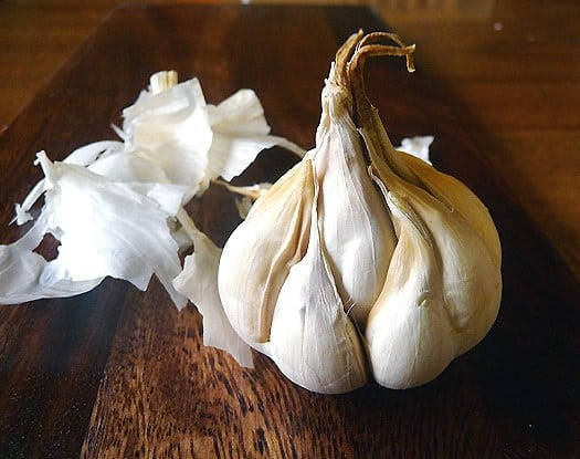 how-to-roast-garlic-1
