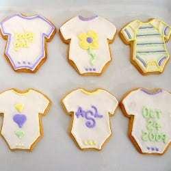 baby-onesie-sugar-cookies-250