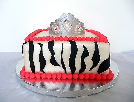 bachelorette-party-cake