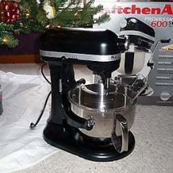 christmas-kitchenaid-250