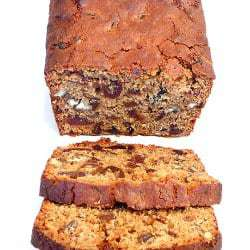 date-nut-spice-bread-close-250