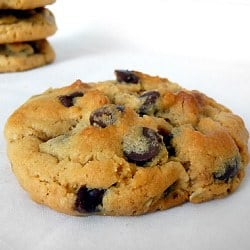peanut-butter-oatmeal-chocolate-chip-cookies2-250