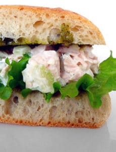 chicken-salad-sandwich-250