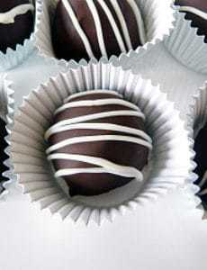 dark-chocolate-truffles-group-250