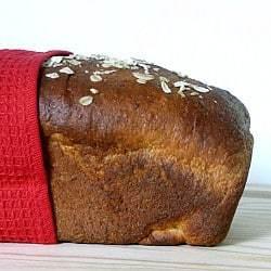 Honey-Oatmeal Sandwich Bread