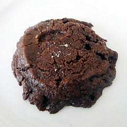 salted-chocolate-shortbread-cookies-1-250