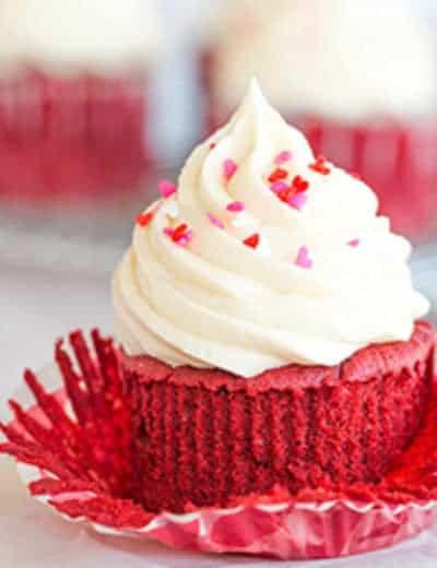 red-velvet-cupcakes-61-250