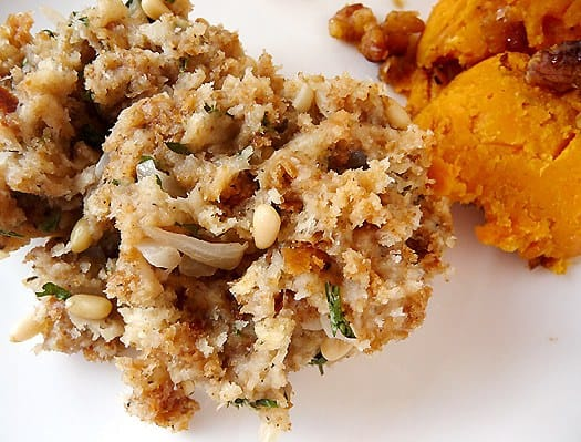 how to make stuffing with bread crumbs for turkey