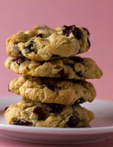 cranberry-white-chocolate-cookies-1-250