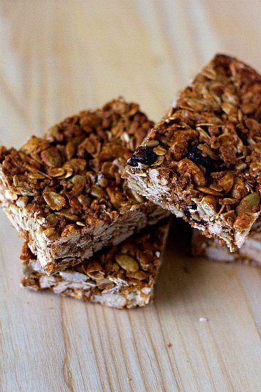 Crunchy Granola Bars | Healthy Recipes | Brown Eyed Baker