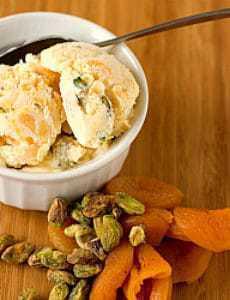 apricot-pistachio-ice-cream-1-250