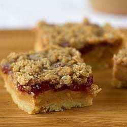 pb-jelly-pie-bars-1-250