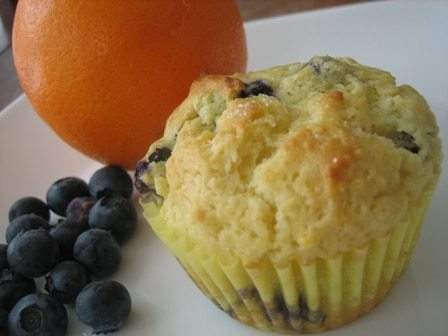 Pumpkin and Cream Cheese Muffins with Pecan Streusel – Maybe my ...