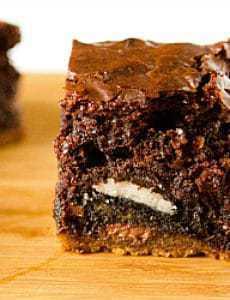 chocolate-chip-cookie-oreo-fudge-brownie-bar-1-250