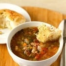 minestrone-soup-1-250
