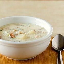 new-england-clam-chowder-1-250