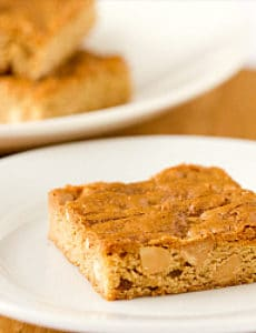 peanut-butter-blondies-1-250