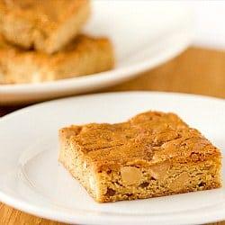 peanut-butter-blondies-1-250