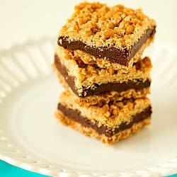 oatmeal-fudge-bars-1-250
