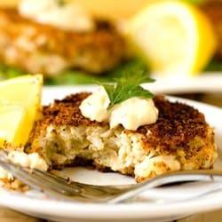 crab-cakes-1-250