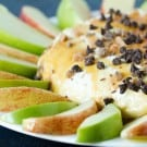 salted-caramel-apple-cheesecake-dip-1-250