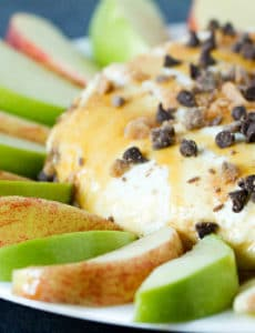 salted-caramel-apple-cheesecake-dip-1-250
