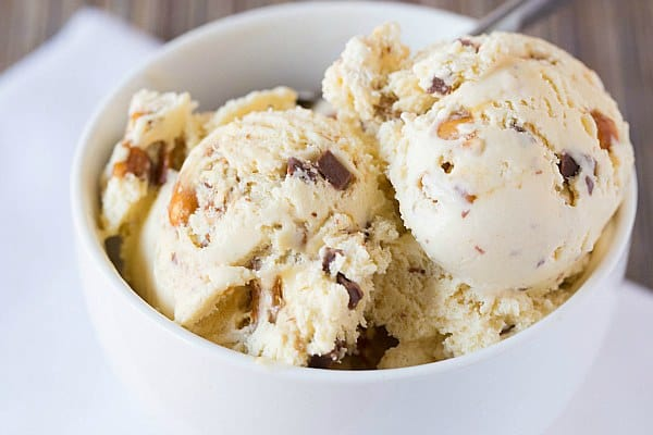 Malted Vanilla Ice Cream with Peanut Brittle & Milk Chocolate Chunks ...