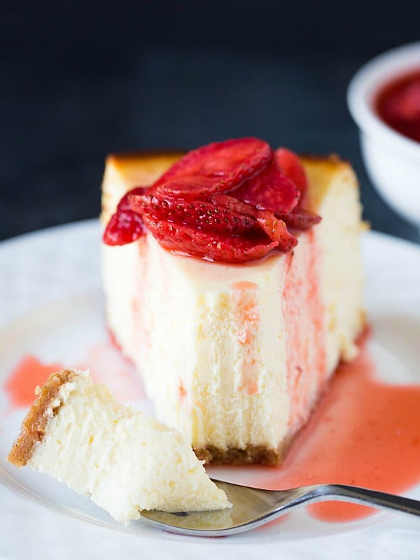 Homemade Strawberry Cheesecake Recipe New york-style cheesecake