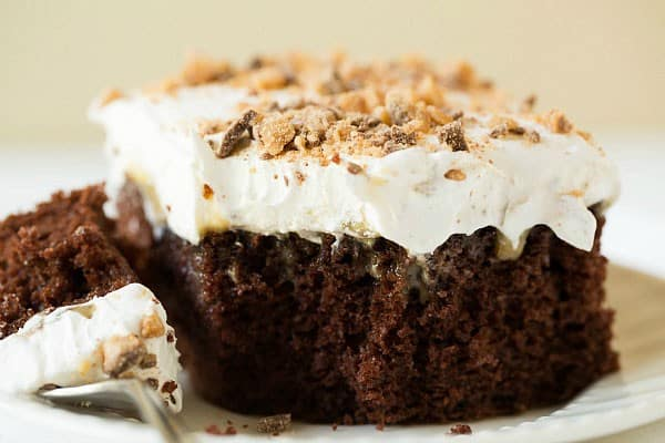 Better Than Sex Cake Recipe | browneyedbaker.com