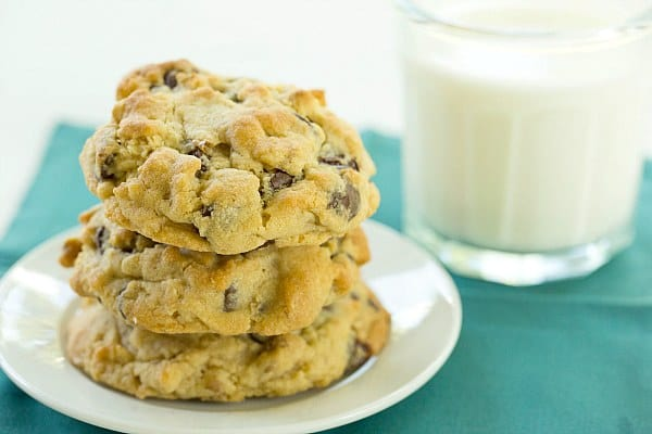 Levain Bakery Chocolate Chip Cookies by @browneyedbaker :: www.browneyedbaker.com