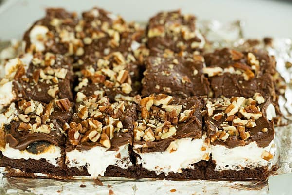 Mississippi Mud Brownies by @browneyedbaker :: www.browneyedbaker.com