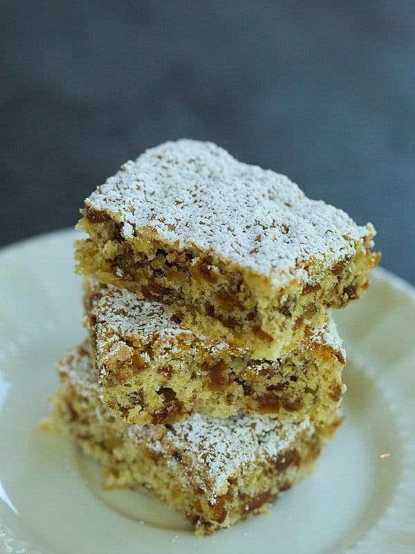 Zia Lena's Date Bar Cookies Recipe by @browneyedbaker :: www.browneyedbaker.com