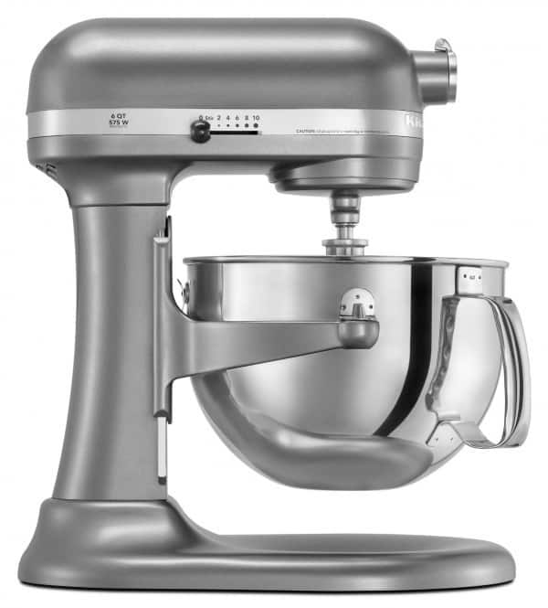 Enter to win a KitchenAid Professional 600 Series 6-Quart Stand Mixer on www.browneyedbaker.com!