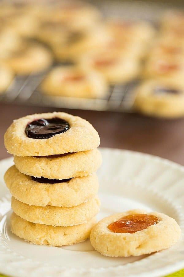 Classic Thumbprint Cookies by @browneyedbaker :: www.browneyedbaker.com