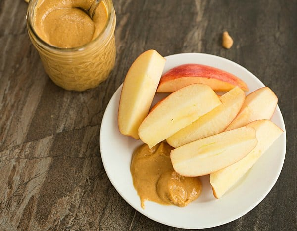 DIY: How to Make Homemade Peanut Butter - 1 ingredient and less than 10 minutes! | browneyedbaker.com