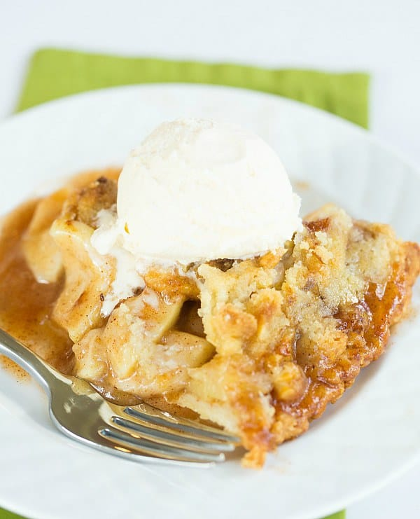 Maple-Apple Pie with Walnut Crumb Topping (and 10 other fabulous Thanksgiving pie ideas)