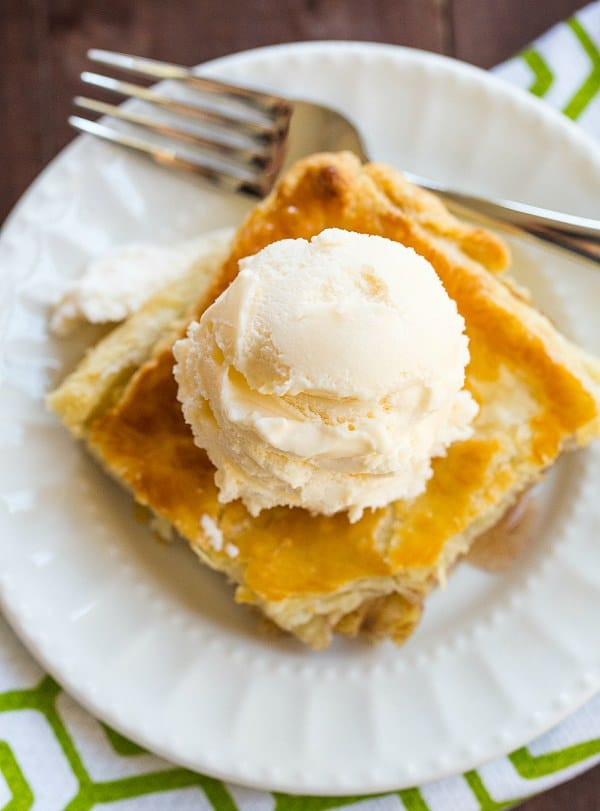 Apple Slab Pie - Perfect for serving a crowd!   browneyedbaker.com #recipe