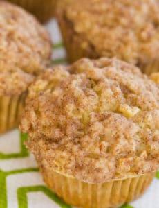 apple-cinnamon-muffins-8-250