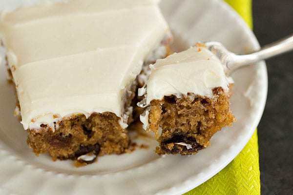 Oatmeal Raisin Snack Cake