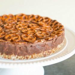 salted-dark-chocolate-pretzel-cake-29-250