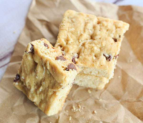 ... and chocolate chips! | http://www.browneyedbaker.com/drunk-blondies