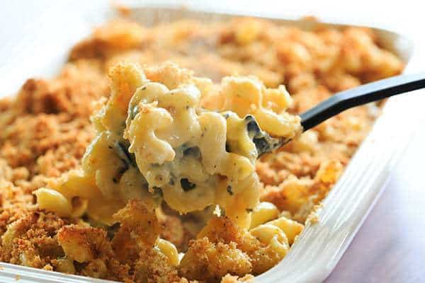 Hatch Chile Mac and Cheese - Perfectly cheesy with a kick! | http://www.browneyedbaker.com/hatch-chile-mac-and-cheese/