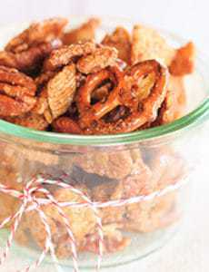 candied-chex-mix-14-250
